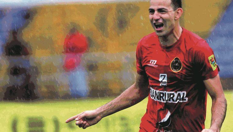 Marco Pablo Pappa volvió a vestir de rojo en el 2016. (Foto Prensa Libre: Hemeroteca PL)