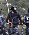 Policías de la fuerza Cobra protestan en Tegucigalpa. (Foto Prensa Libre: AFP)