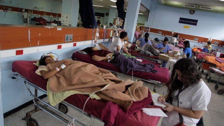 Guatemala aparece en el último lugar de países evaluados por el BID, en el tema de inversión en Salud comparado con la calidad del servicio a los pacientes. (Foto Prensa Libre: Hemeroteca PL)