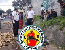 Un hombre murió por heridas causadas con machete en el mercado de La Terminal. (Foto Prensa Libre: Bomberos Voluntarios)