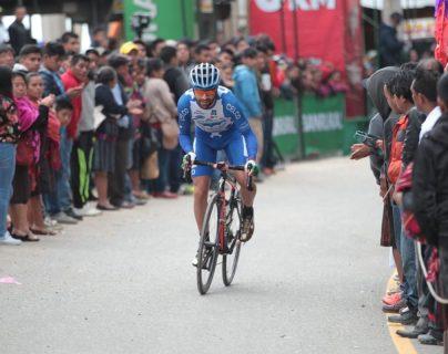 El ciclista colombiano Yeison Rincón quedó segundo en la cronoescalada y espera ganar la especialidad de montaña. (Foto Prensa Libre: Norvin Mendoza)
