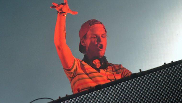 Avicii se dio a conocer con éxitos como Levels, Sunshine y Wake Me Up. (Foto Prensa Libre: AFP)
