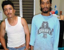 Los dos detenidos fueron puestos a disponibilidad de los tribunales de justicia. (Foto Prensa Libre: Rigoberto Escobar)