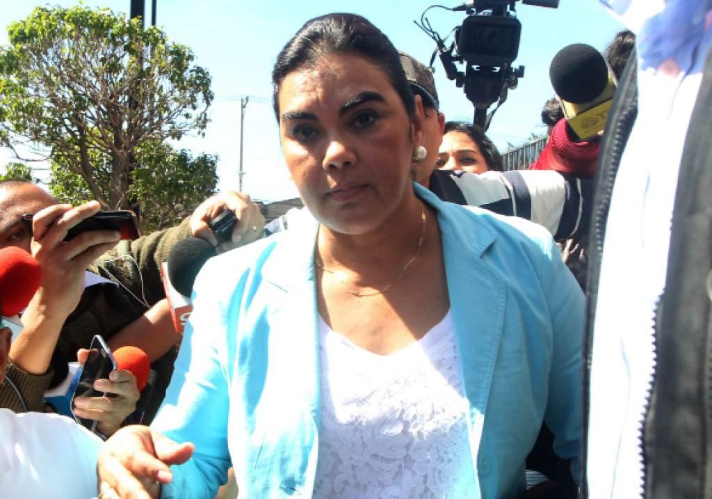 Capturan a Rosa Elena de Lobo, exprimera dama de Honduras, por supuesto desvío de fondos