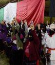 Rebeldes celebran en Oventic, Chiapas.