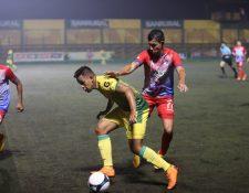 Petapa dominó el juego pero no tuvo contundencia y tuvo que conformarse con un empate. (Foto Prensa Libre: Edwin Fajardo)
