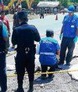 Niño de ocho años muere arrollado por un picop, en Río Hondo, Zacapa, (Foto Prensa Libre: Víctor Gómez)
