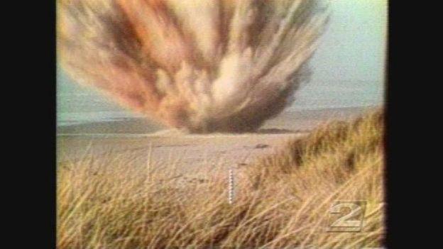 Un ingeniero de caminos coordinó la explosión. Foto: The Exploding Whale/YouTube.