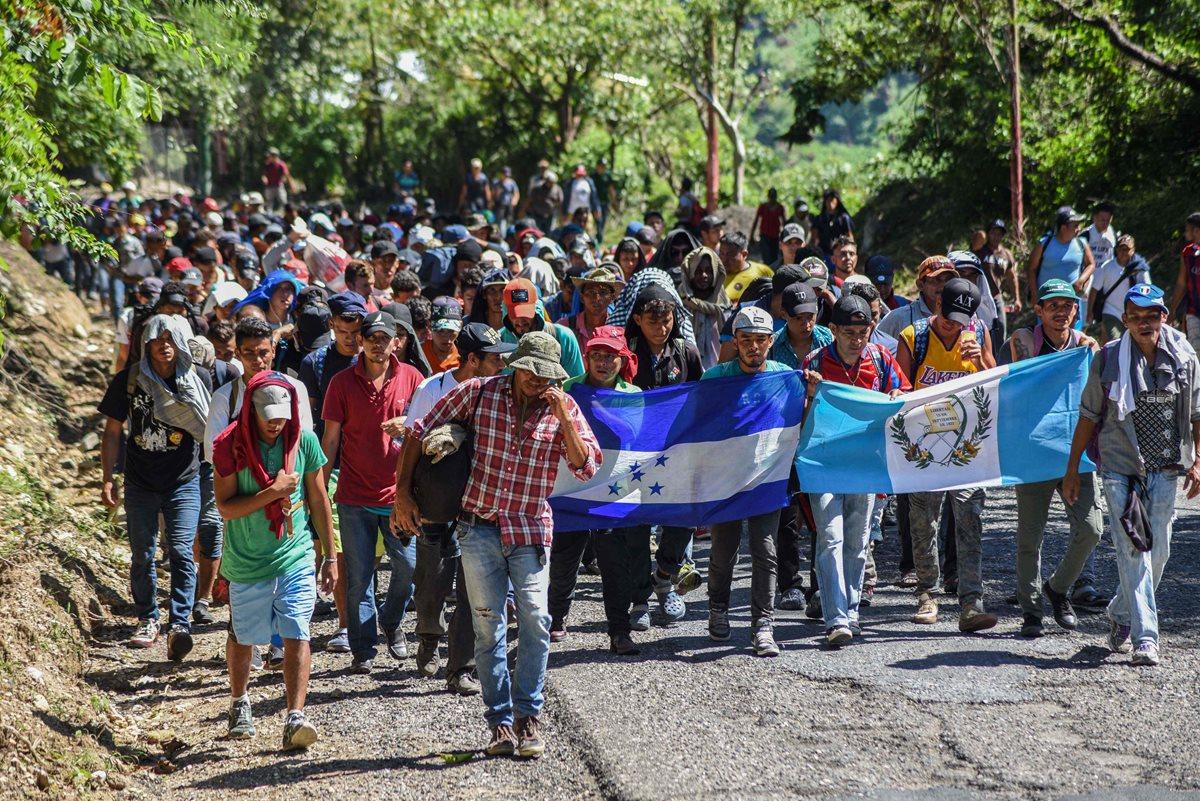 La movilización de migrantes hacia Estados Unidos, como reflejo de la falta de oportunidades en Centroamérica, ha acaparado la atención pública. (Foto Prensa Libre: AFP)