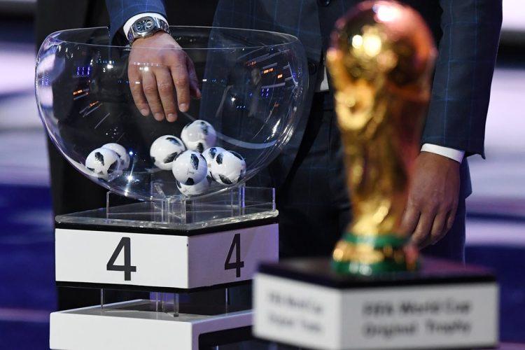 Este viernes quedaron definidos los ocho grupos del Mundial de Rusia. (Foto Prensa Libre: AFP).