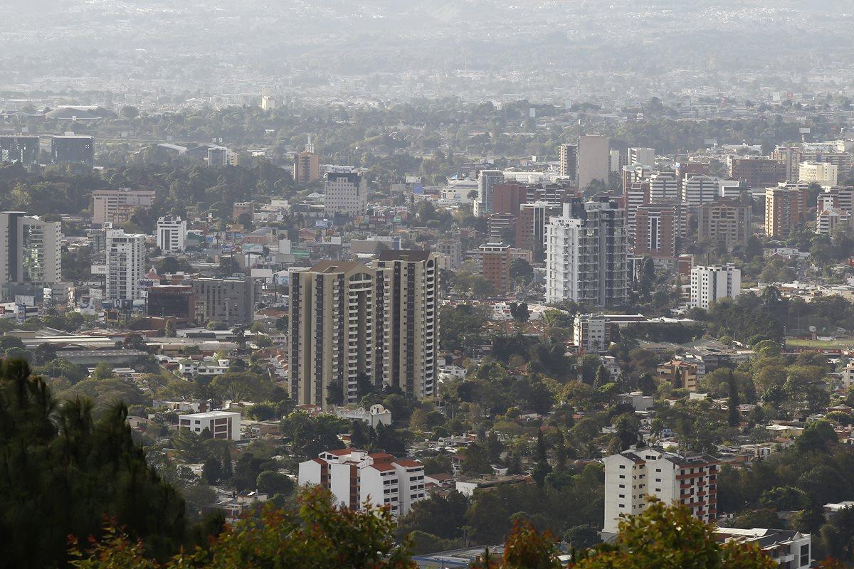El año pasado, Guatemala había caído nueve puestos en el Informe Doing Business del Banco Mundial. (Foto Prensa Libre: Hemeroteca)