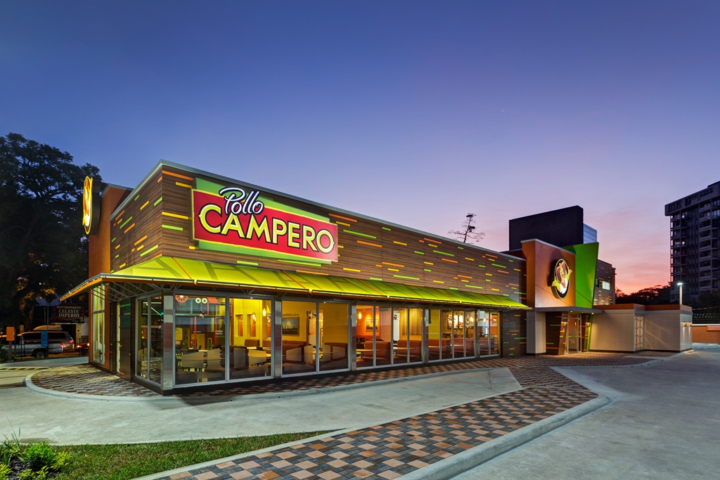Nuevo menú de verano Cadena de restaurantes presentó productos y aditivos para próximos meses.