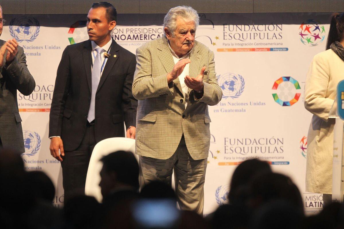 Mujica: La política no debe tener como fin la riqueza