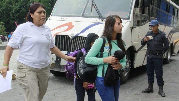 El Gobierno mexicano interceptó a unos 11 mil 893 menores indocumentados procedentes de Centroamérica. (Foto Prensa Libre: EFE)