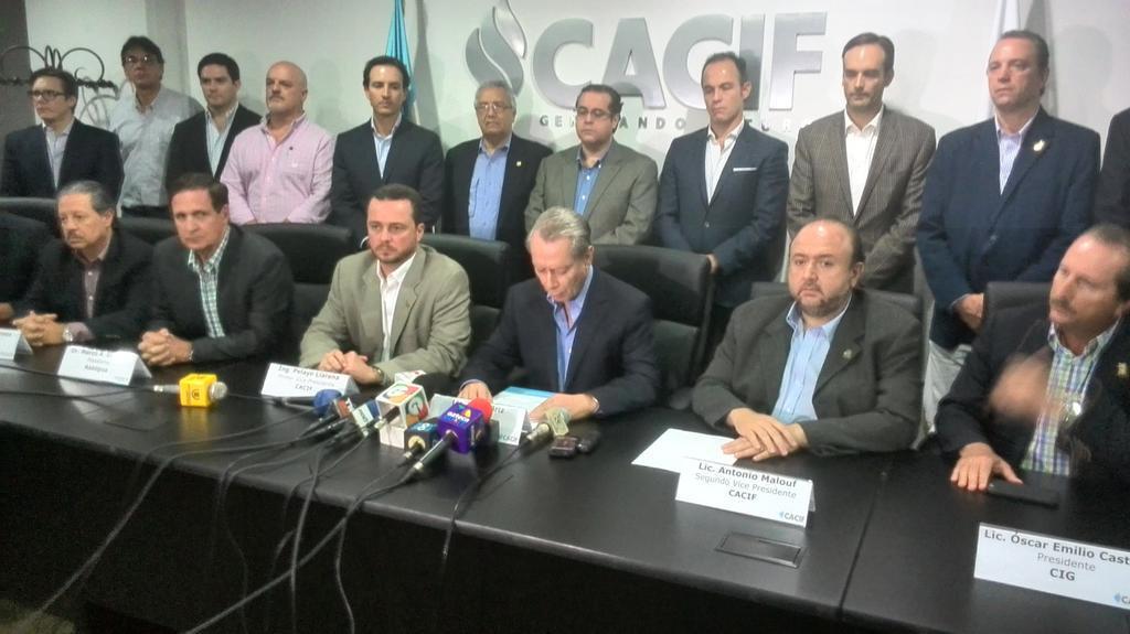 Los empresarios no han dado detalles de quiénes podrían ser los interesados en dirigir el Cacif. (Foto Prensa Libre: Hemeroteca PL)