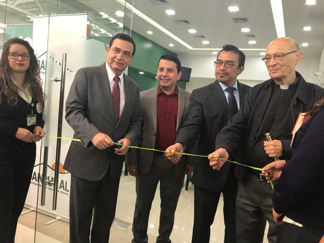 Nueva agencia Banrural en Centro Comercial Paseo Liberación