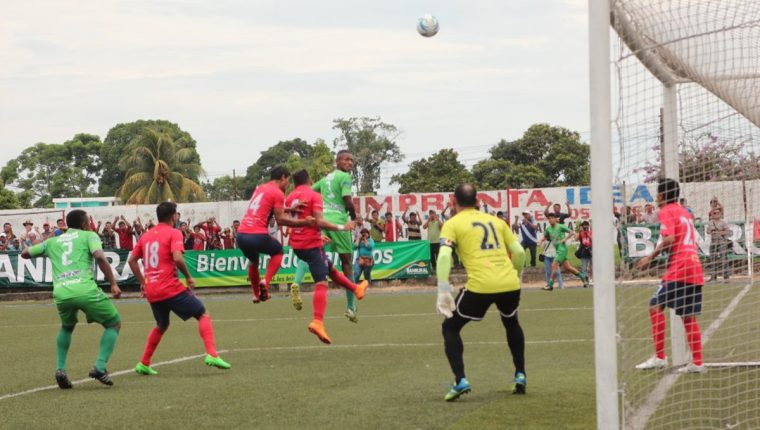 Malacateco logró quedarse con su cupo en la Liga Nacional. (Foto Prensa Libre: Aroldo Marroquín)