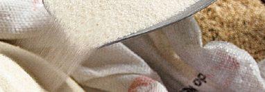 Fortificar el azúcar con zinc, ácido fólico y hierro es la propuesta que hace la Comisión del Menor y de la Familia en el Congreso de la República. (Foto Prensa Libre: Hemeroteca)