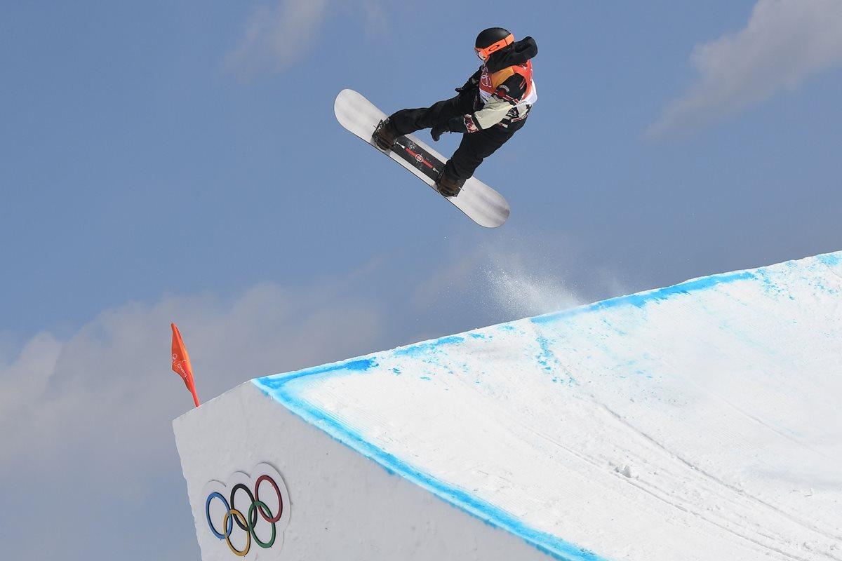 McMorris durante su presentación en slopestyle en el Phoenix Park. (Foto Prensa Libre: AFP)