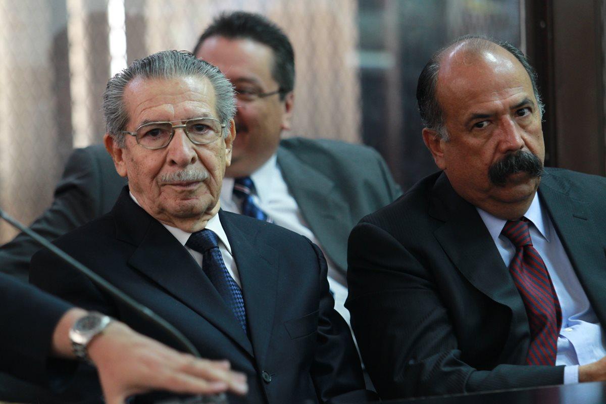 Ríos Montt busca suspender persecución penal