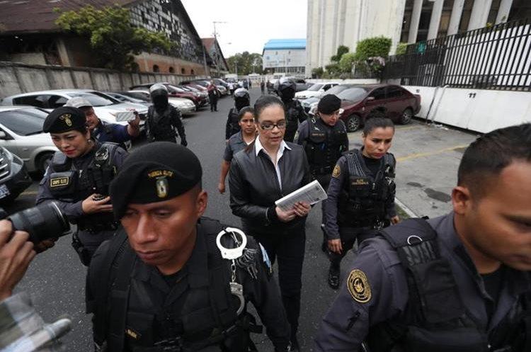 La condenada exvicepresidenta Roxana Baldetti tiene tendencias suicidas según Presidios. (Foto Prensa Libre: Hemeroteca)