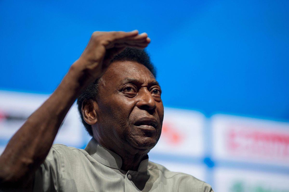 Pelé vuelve a estar delicado de salud, en Brasil. (Foto Prensa Libre: AFP)