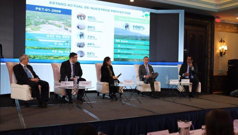 El Primer Foro de Transporte de Energía Eléctrica efectuado el martes en el país, contó con expositores de varias empresas de transmisión. (Foto, Prensa Libre: Cortesía Trecsa).
