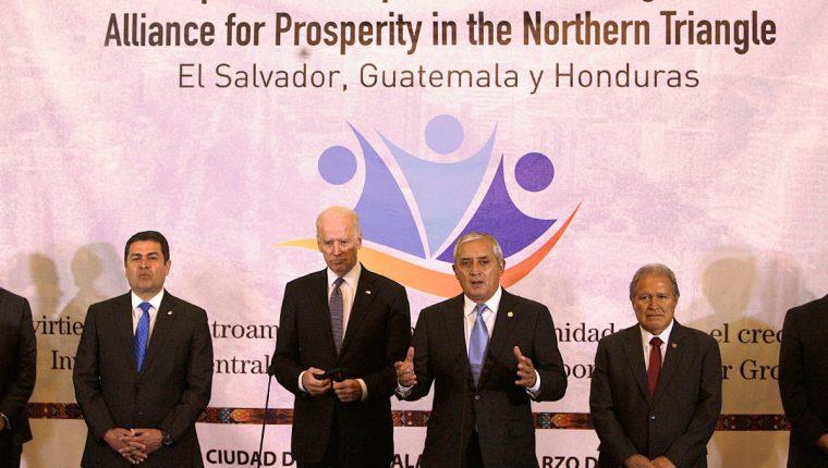 El vicepresidente Joe Biden se reunió con los presidentes centroamericanos en el Palacio Nacional de la Cultura( Foto Prensa Libre: EFE)