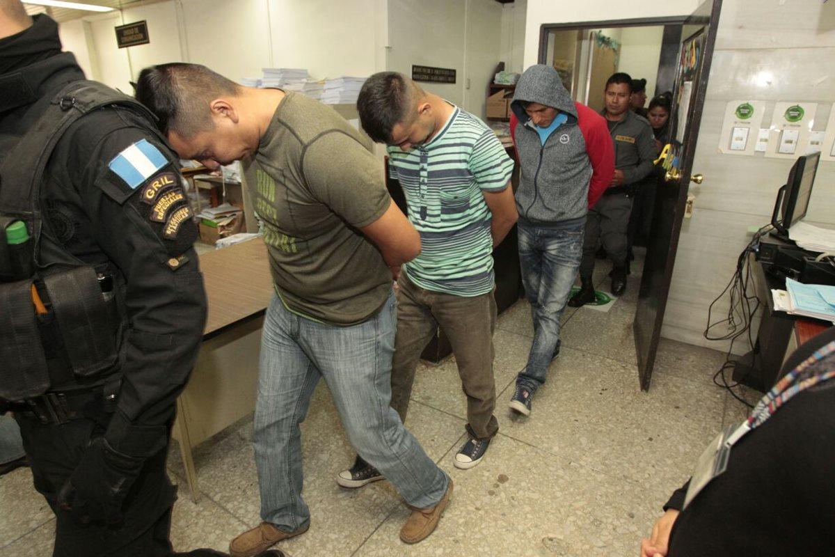 Detenidos siete policías que tomaron el control en Gaviotas donde internos mataron a dos monitores