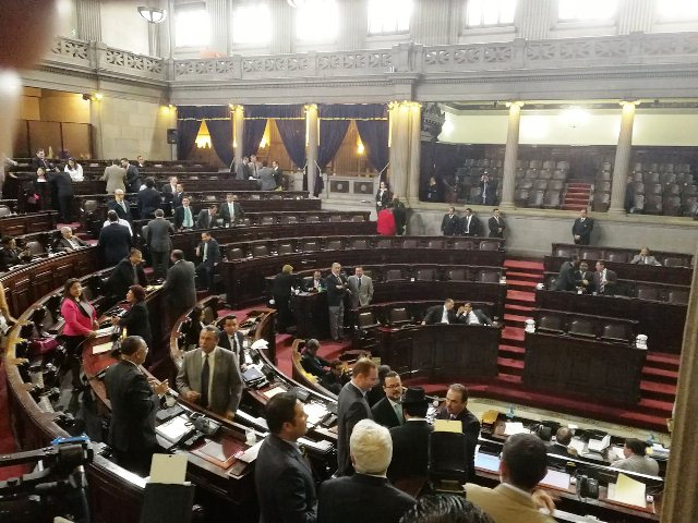 FCN-Nación estanca interpelación a ministro del CIV