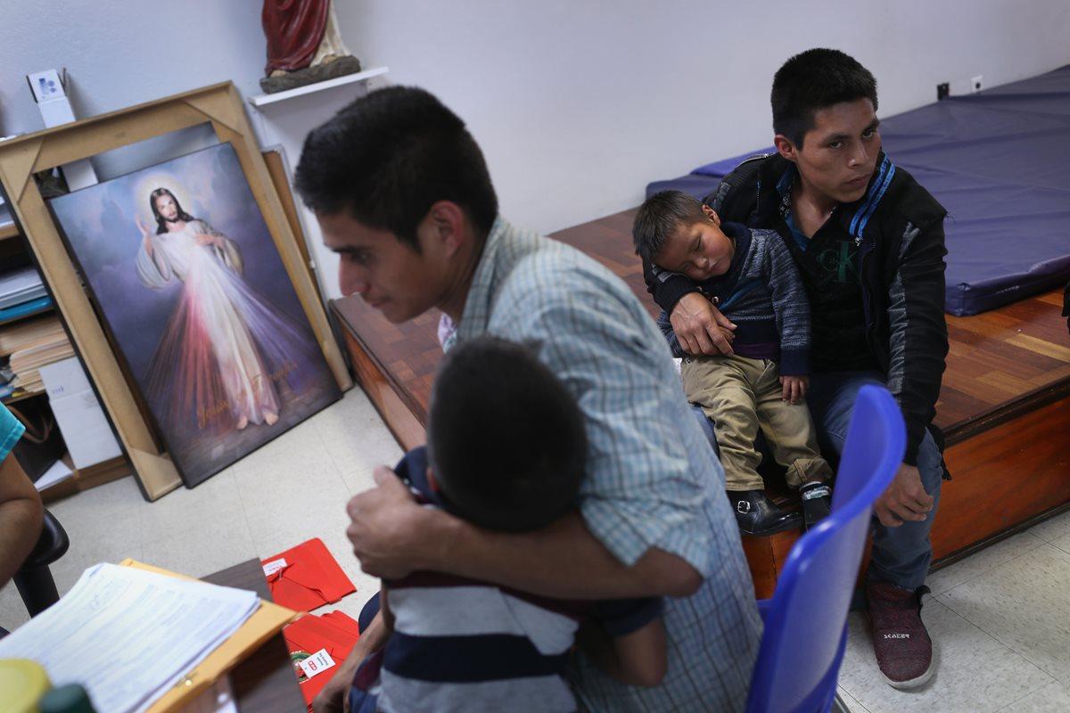 Miles de familias fueron separadas por la política Tolerancia Cero de Donald  Trump. (Foto Prensa Libre: Hemeroteca PL)