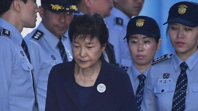 Park Geun-hye fue condenada a 24 años de cárcel. GETTY IMAGES