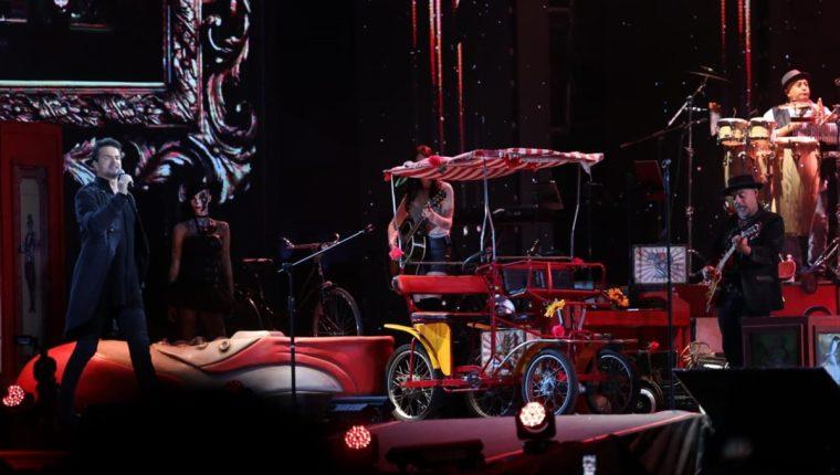 Cerca de dos horas duró el último concierto de Ricardo Arjona en Guatemala. Foto Prensa Libre: Keneth Cruz.
