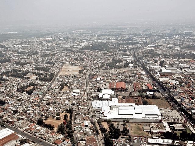 Entre el 2015 y el 2016 se produjo un incremento del 178.8 por ciento en el número de adquisiciones reportadas por las municipalidades. (Foto Prensa Libre: Hemeroteca PL)