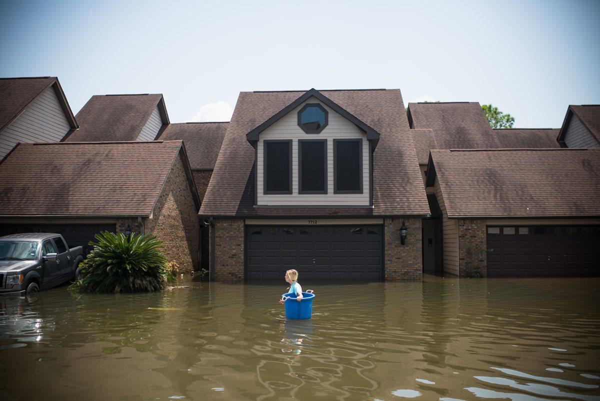 """La Casa Blanca solicita ayuda extraordinaria de US$7 mil 900 millones tras paso de """"Harvey"""""""