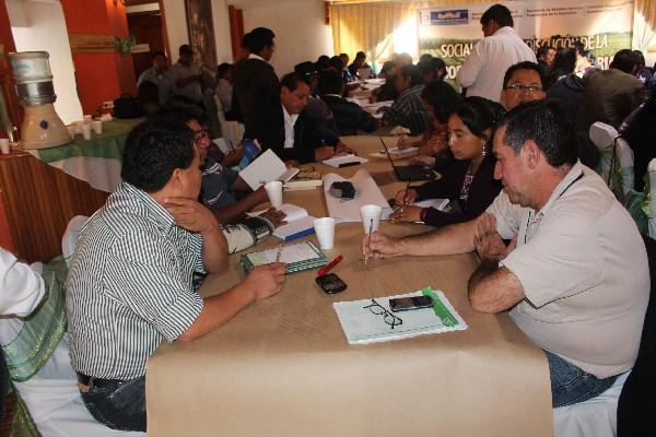Organizaciones campesinas plantean propuestas para la política agraria nacional.