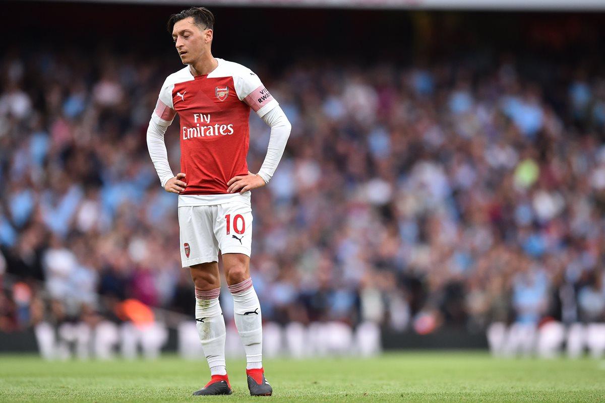 Mesut Ozil se despidió de la Selección de Alemania. (Foto Prensa Libre: AFP)