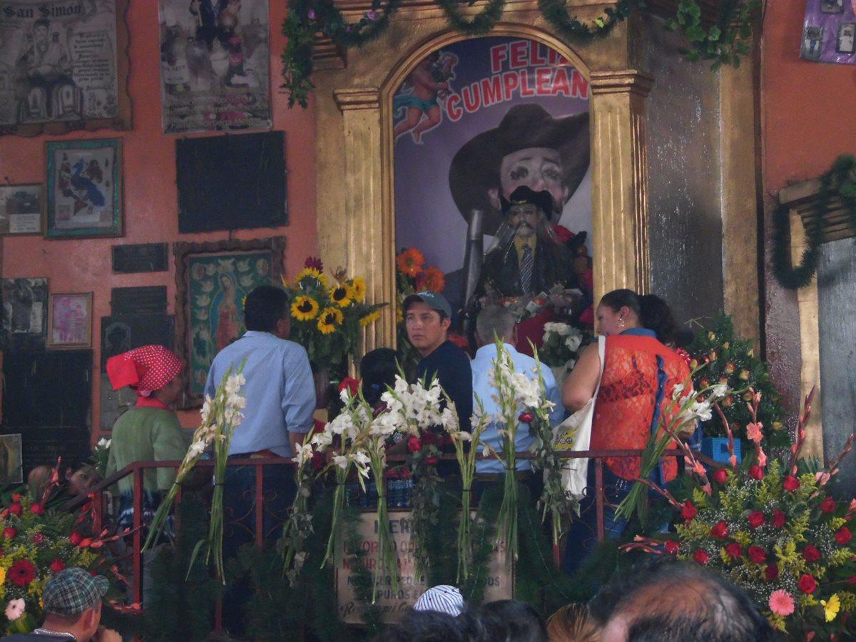 Pobladores celebran a Maximón en San Andrés Itzapa