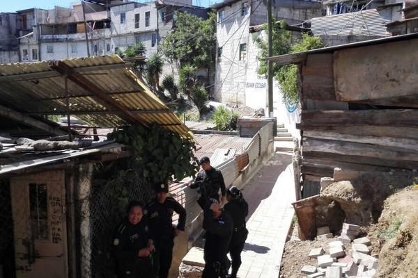 """Panorámica del asentamiento La Isla en la colonia Villa Lobos 1, en Villa Nueva. (Foto Prensa Libre: E. Paredes)<br _mce_bogus=""""1""""/>"""