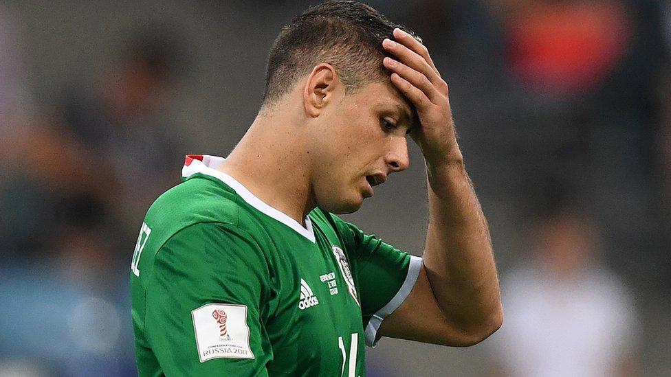 Chicharito Hernández siente vergüenza y tristeza por el maltrato al técnico Juan Carlos Osorio
