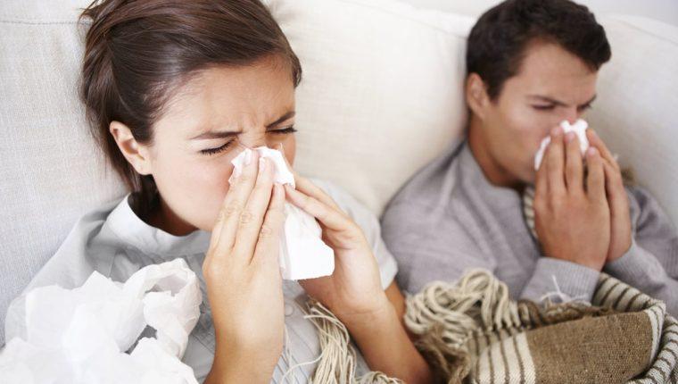 En el hogar es más fácil el contagio de virus, ya que se comparte espacio físico y otros utensilios.