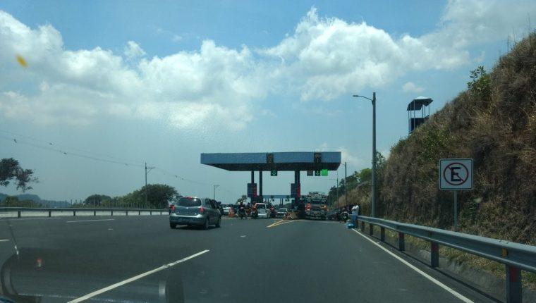 La autopista de Palín a Escuintla es la que existe en la actualidad para la Costa Sur. (Foto, Prensa Libre: Hemeroteca PL)