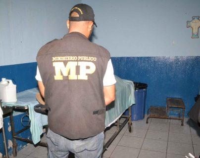 Estudiante muere de paro cardiaco cuando llevaba antorcha en Zacapa
