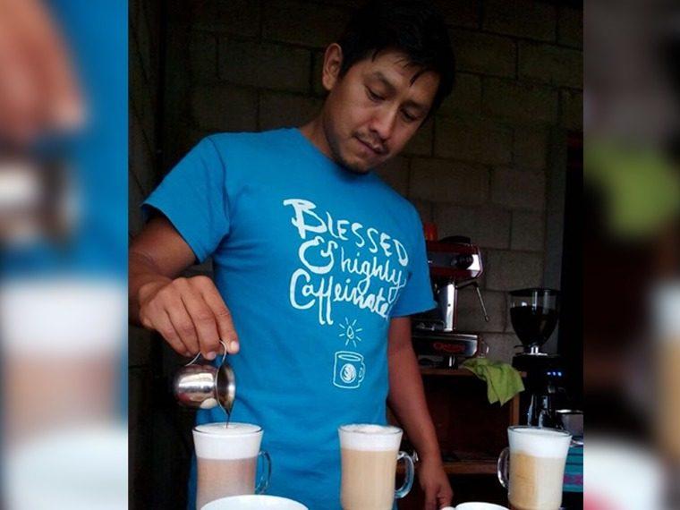 Al menos seis coffee shops se han instalado en pueblos aledaños al Lago de Atitlán. (Foto Prensa Libre: Cortesía Manuel Lara)
