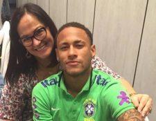 Nadine Goncalves defendió a su hijo Neymar sobre las críticas tras el papel con la Selección de Rusia. (Foto Redes).