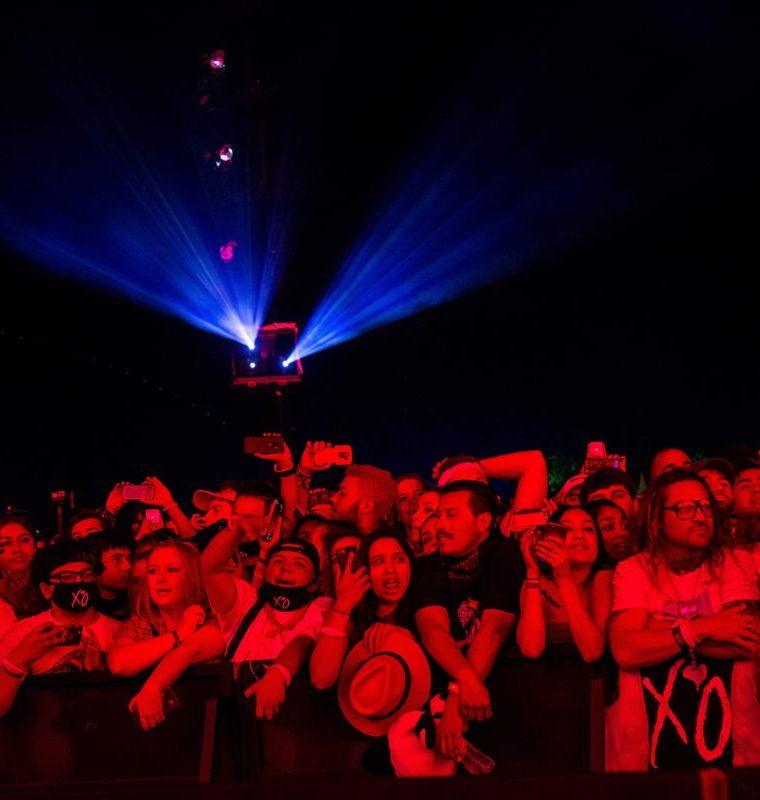Una vista de los 125 mil asistentes a Coachella. (Foto Prensa Libre, AFP).