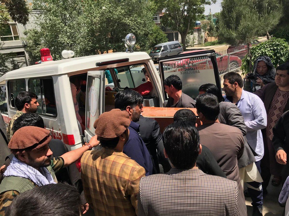 Doble atentado en Kabul mata a 37 personas, entre ellas nueve periodistas