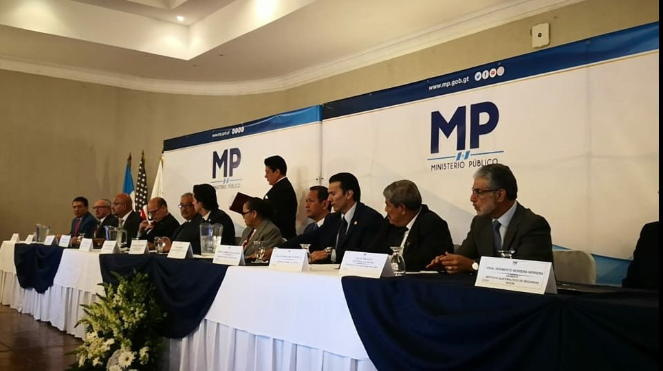 Ministerios, secretarias e Institutos compartirán de forma ágil información con el MP. (Foto Prensa Libre: MP)