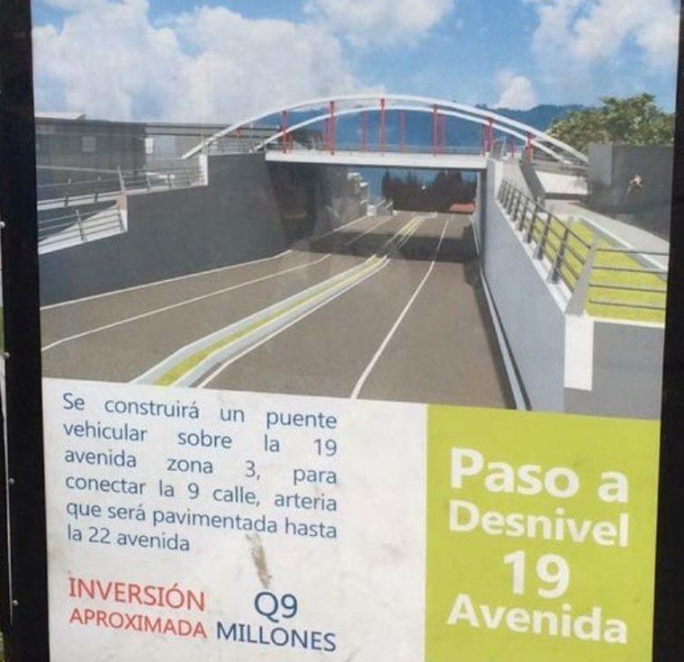 La comuna colocó información de las obras que desarrollará en el 2018. (Foto Prensa Libre: María Longo)