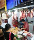 El salario mínimo en 2018 tampoco alcanzará para cubrir la canasta básica alimentaria y vital para una familia de 4 integrantes. (Foto Prensa Libre: Hemeroteca PL)